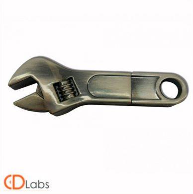 Металлическая флешка «Гаечный ключ»