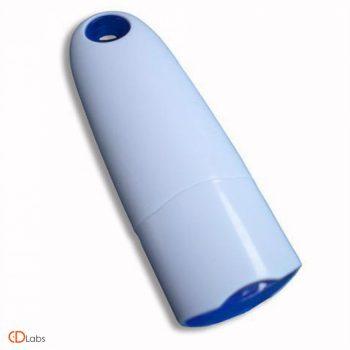 Пластиковая флешка с креплением белая