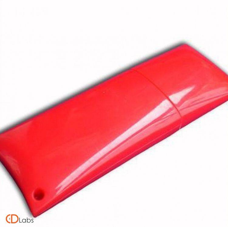 Пластиковая флешка красная прямоугольная