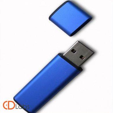 Пластиковая флешка синяя классическая